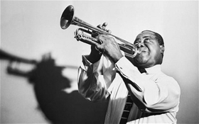 Louis Armstrong igra swing